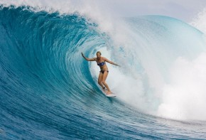 Age + Women's Surfing Careers